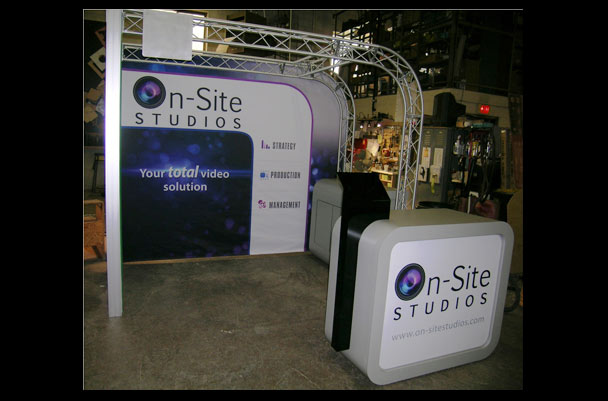 Custom show booth design for video interviewing enterprise
